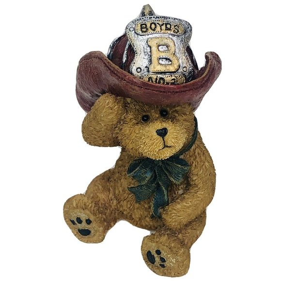 Boyds Bear Sparky Fireman Bear Figurine Iddy Biddy